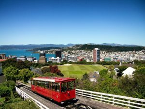 wellington, new zealand, train